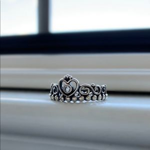 ✰ pandora princess crown ring ✰